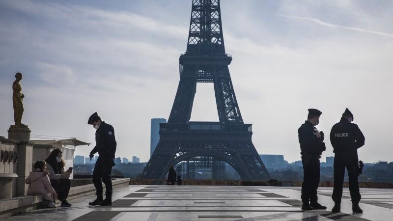 France: household confidence hits bottom in November but December should be better