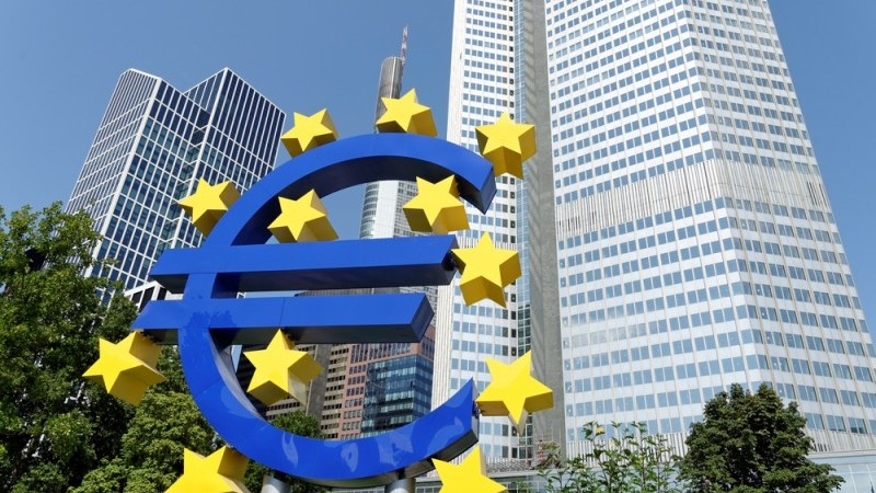 What weak bank lending and strong deposit inflows mean for the ECB