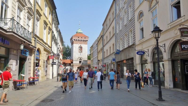 Poland: CPI slows in December