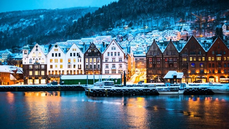 Norges Bank: On track towards tightening in 2022