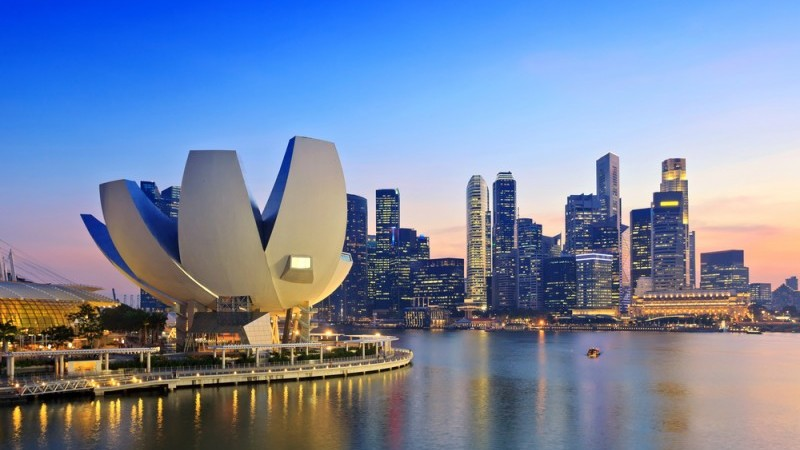 Singapore's manufacturing surpasses forecasts again in January