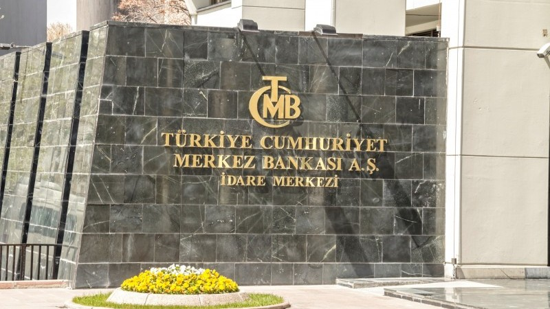 Turkey's central bank on hold but an earlier rate cut can't be ruled out