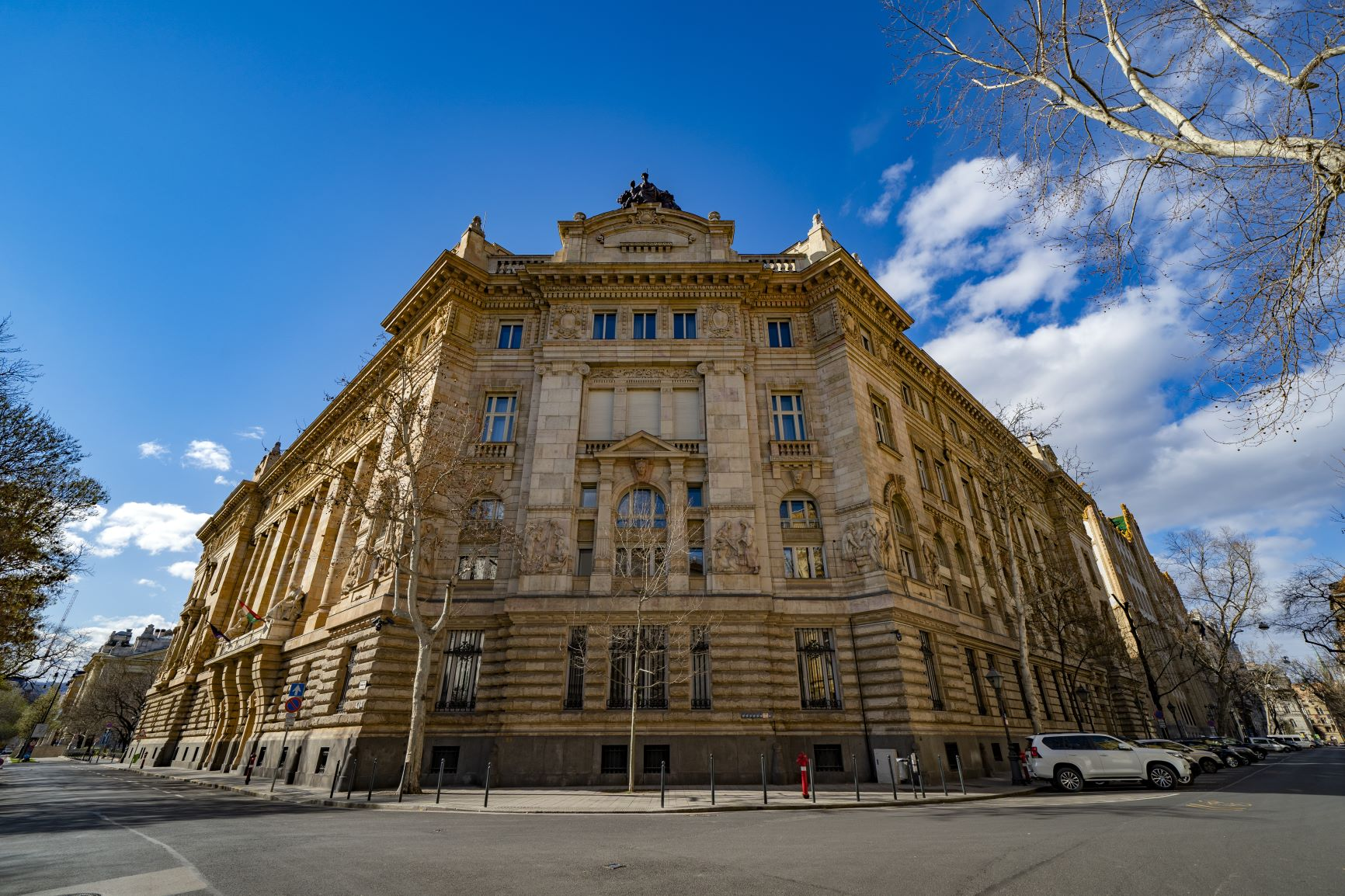 Hungary: MPC stays in wait-and-see mode to restructure liquidity injections