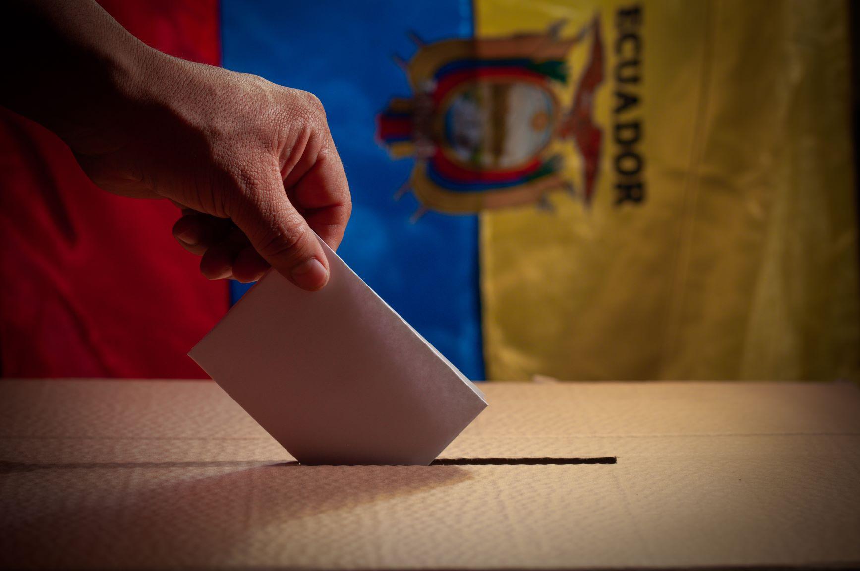 Ecuador election may be heading for a surprise Arauz-Perez run-off