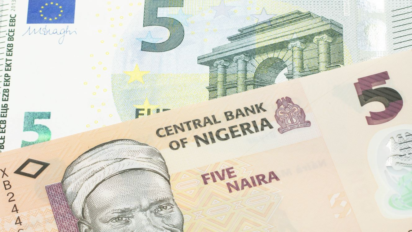 Nigeria devalues official exchange rate, but impact will be limited