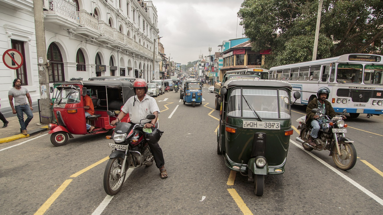 Sri Lanka: Mid-year budget report points to further slippage
