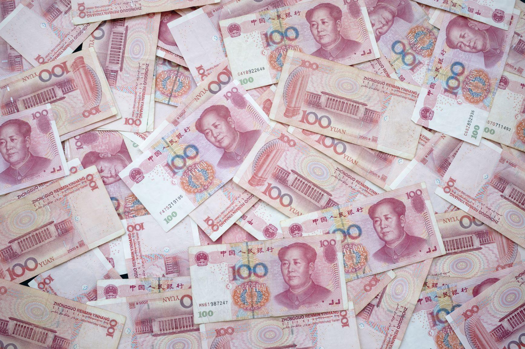 China tries to rein in Renminbi again